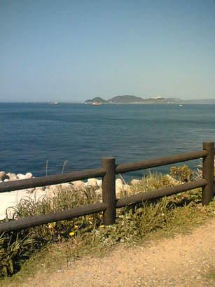 06-5-4神島から伊良湖岬を望む.JPG